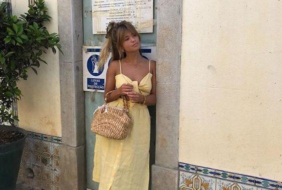 2a0b07e338 Sukienki w najmodniejszych kolorach lata – Swiat Kobiet – kobiecy ...