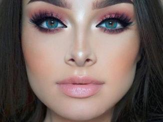 Jaki makijaż pasuje do różowej sukienki?