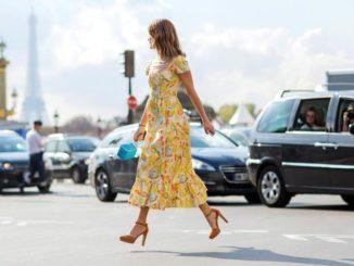 Jakie buty pasuja do żółtej sukienki. Modne propozycje.