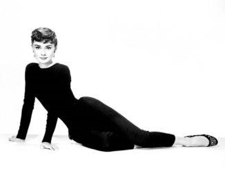 Moda lata 50. Kobiecość i kokieteria