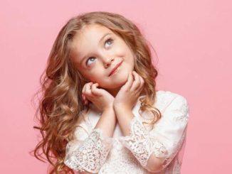 Reserved Kids – modne sukienki i dodatki dla małych dziewczynek