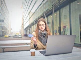 Outlet online – sposób na oszczędzenie czasu i pieniędzy