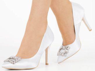 Obuwie panny młodej – te trzy pary butów to absolutna podstawa