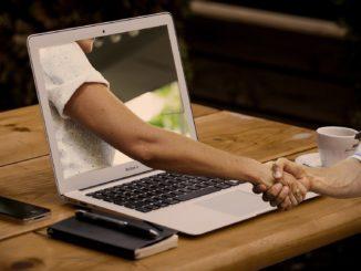 Psychoterapia on-line – czy warto?