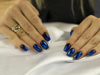 Jak zadbać o atrakcyjny wygląd paznokci? Prezentujemy najlepsze produkty do pielęgnacji
