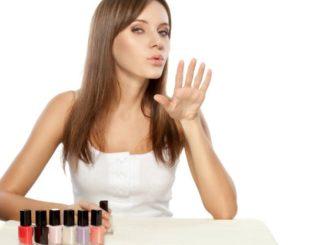 Jak szybko wysuszyć paznokcie?