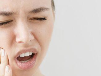 Nawracające afty – przyczyny i leczenie