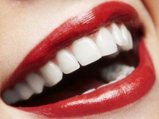 Sennik – zęby. Co oznaczają zęby we śnie?