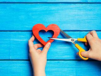 Jak się odkochać i poradzić sobie z odrzuceniem?