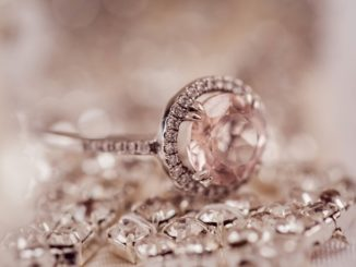 Najpiękniejsze klejnoty świata – poznaj świat luksusowej biżuterii