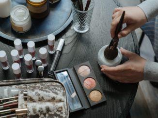 Dlaczego naturalne kosmetyki są tak popularne?