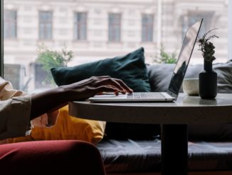 Mobilny specjalista – dowiedz się więcej o możliwości internetowego bookingu