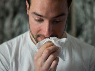 Leki mukolityczne – jak wspomagają organizm podczas kaszlu