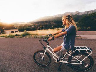 Rowery damskie zapewniające wygodne dojazdy do pracy