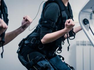 Elektrostymulacja mięśni – sposób na bezpieczny, efektywny i szybki trening