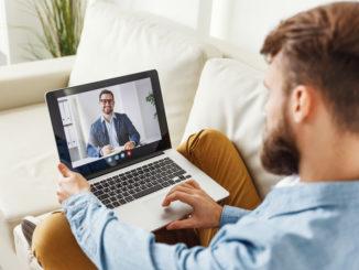 Pięć sytuacji, w których terapia online może okazać się strzałem w dziesiątkę